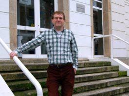 Antonio Ferriz, físico do campus de Ourense que asina este traballo, participou en investigacións previas que expoñen a hipótese de que os planetas poden influír no Sol. Foto: Duvi.