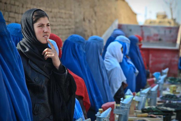 As asinantes instan ás Administracións a actuar fronte á opresión e perda de liberdade do pobo afgán. Foto: Army Amber.