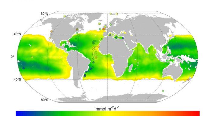 Mapa elaborado polos autores, que amosa a diferente difusión de nitrato no mar. Foto: Mouriño et al.