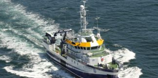 O barco do IEO-CSIC, con base en Vigo, recollerá un fondeo instalado en El Hierro e poñerá rumbo a La Palma. Foto: IEO-CSIC.