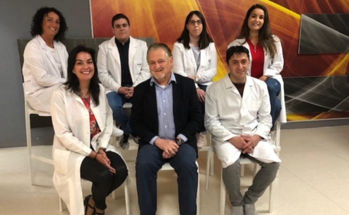 O traballo foi realizado polos equipos do IDIS que dirixen Ana Crujeiras (abaixo, esquerda) e Felipe Casanueva (abaixo, centro). Foto: IDIS.