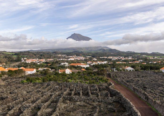Vista da illa do Pico, unha das que conforman os Azores. Foto: Matheus Hobold Sovernigo / CC BY-SA 4.0.