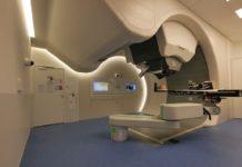 Equipo de protonterapia instalado nun hospital. Foto: CERN Courier.